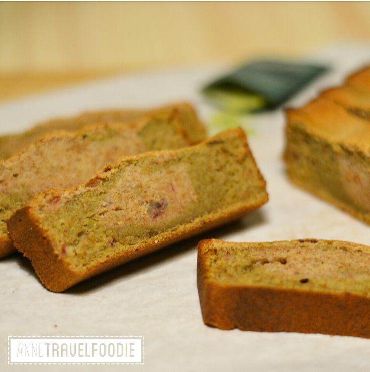 Matcha banana bread