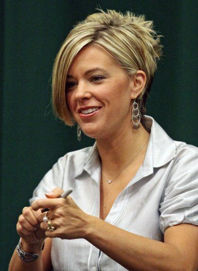 Bangs Short Hairstyles with Spike on The Back Side for Women from Kate Gosselin - Womens & Mens Hairstyles - Deal of Hair Everyday