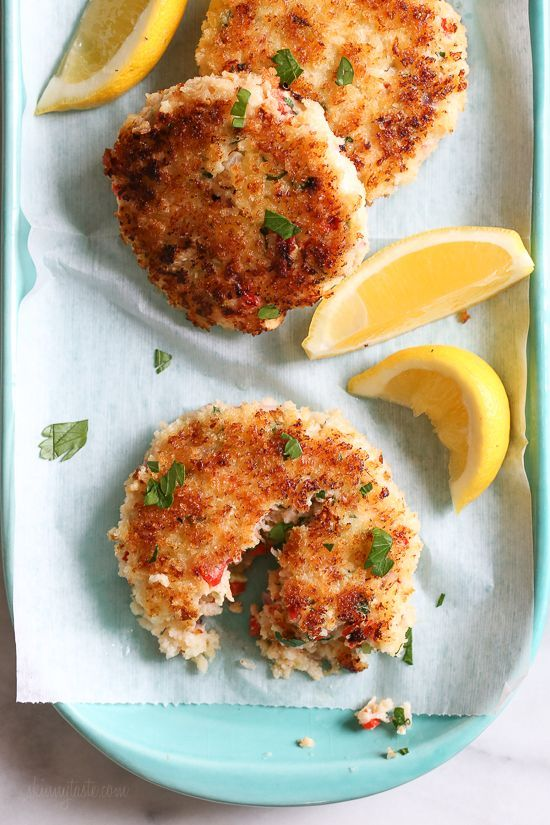 These light, pan-seared shrimp cakes are moist and tender, covered in a crisp panko crust. Serve them with a crisp green salad to make it a meal. from /skinnytaste/