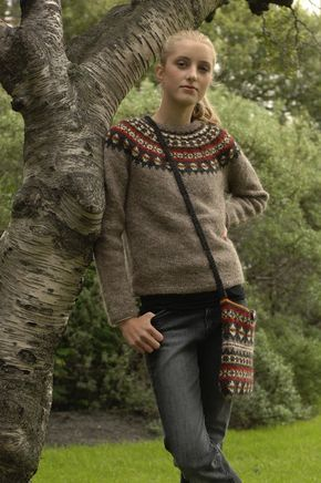 Gratis Mönster på svenska - AFTUR - Isländsk stickad tröja i Lettlopi
