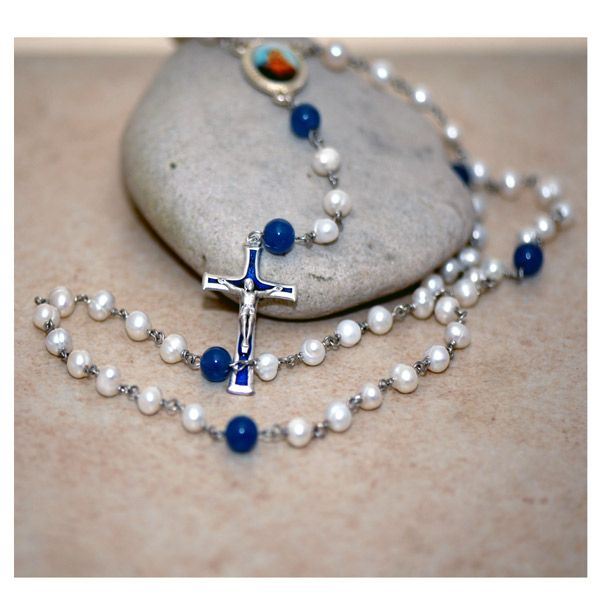 Maol Íosa Immaculate Heart Rosary - Paters (Our Father beads) of 8mm smooth blue agate semi precious gemstone and Aves (Hail Mary beads) of 5-6mm freshwater pearl make this design truly beautiful.  Each pearl and gemstone is hand wrapped with tarnish resistant silver plated wire using the traditional Rosary wire wrapping technique.
