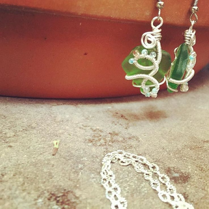 Earrings from an order - lots of coils swirls and beads. Makes for an extra whimsical piece.  Hope you all had a wonderful weekend!  . . . Halloween festivities got the best of me this weekend so my entire shop is not yet on my Etsy. It will be within the week! Updates to come.  . . . #seaglass #seaglassearrings #greenseaglass #wirewrap #wire #beads #silver #glass #jewelry #earringsoftheday #jewellery #handmadejewelry #handmade #earring #jewelrydesigner #jewelrydesign #jewelrygram…