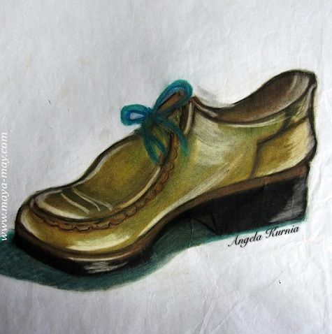 """Shoes"" by Angela Kurnia. A2size. Color chalk pastel. #lifedrawing #drawing #art #shoes #motif #chalkpastel #freehanddrawing #illustration #freelanceillustrator"