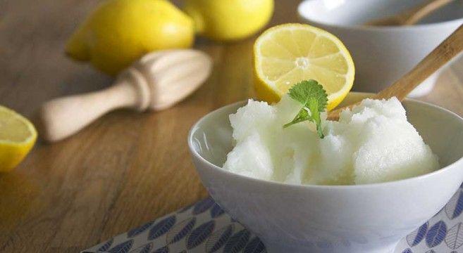 Citronsorbet // Lemon sorbet