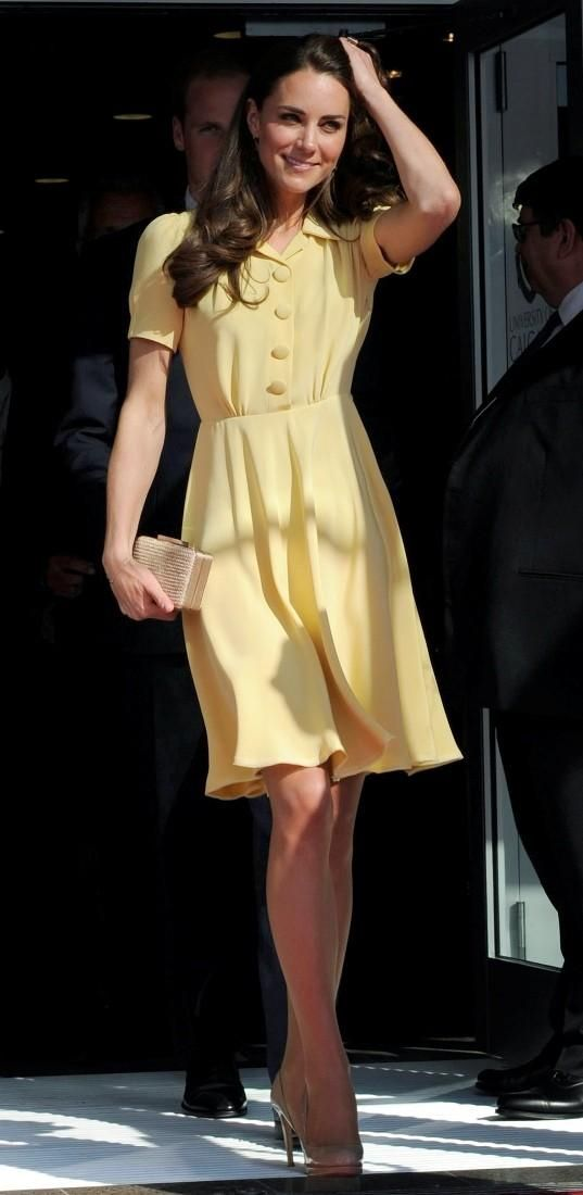 Love this dress!  July 7, 2011 - Their Royal Highnesses attended a presentation on cutting-edge health research and innovation at the University of Calgary W21C Research and Innovation Centre.