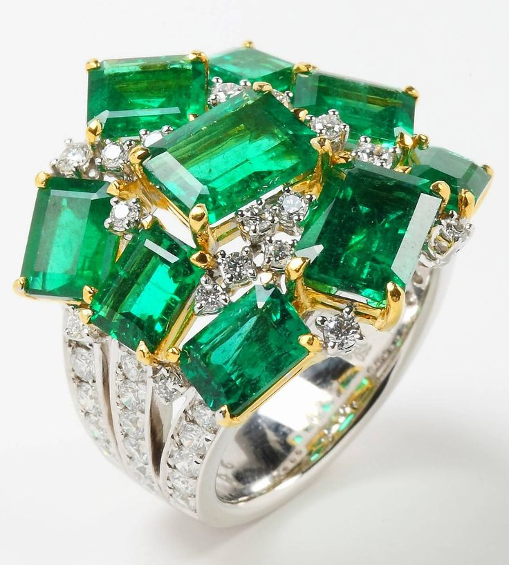 Best 25 Green emerald ring ideas only on Pinterest Emerald