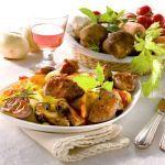 Prova questa ricetta gustosa dello spezzatino di cinghiale accompagnato alla polenta. Scopri la ricetta di Sale&Pepe