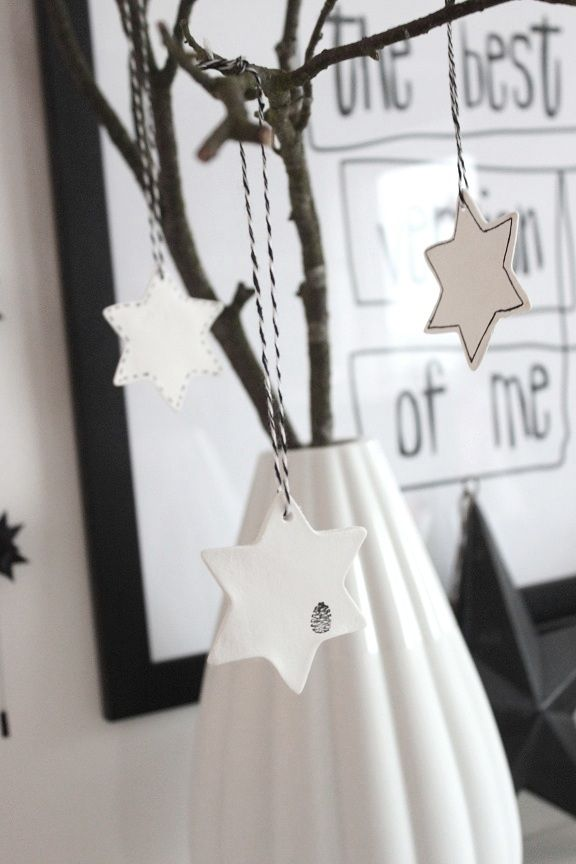 DIY: Stars made of self-drying clay | Bungalow5