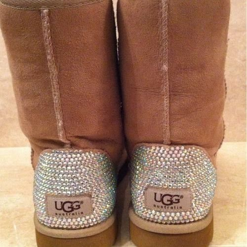 bedazzled uggs. perfect amt of bedazzle