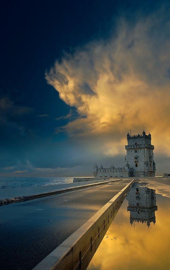Near the dream. Torre de Belém, Lisboa.