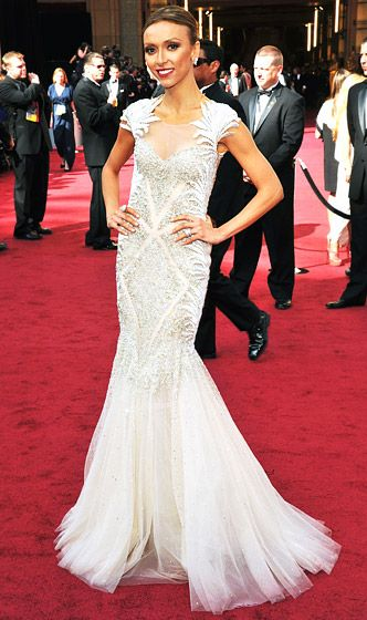 Giuliana Rancic   The E! News host donned a white Tony Ward Couture fishtail gown.