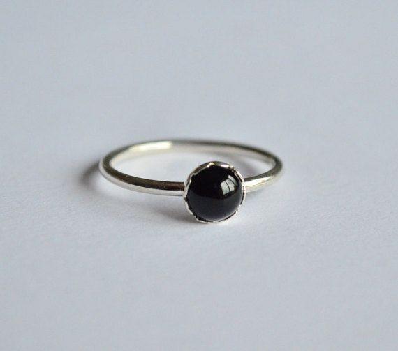 Anello onice,anello argento 925,pietra nera,anello nero,anello impilabile,anello minimal,gioiello italiano,fatto a mano,made in Italy