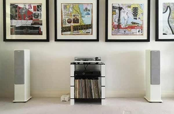 Room-view-of-a-custom-STAX-400-LP-Hi-Fi-Stand-in-White-Gloss-&-Black