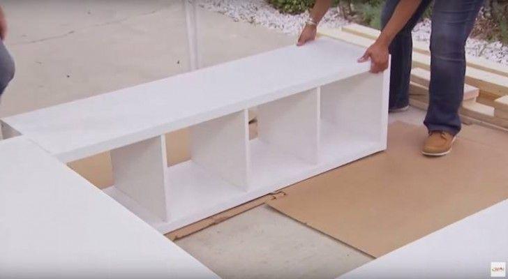 Nel caso di camere da letto di piccole dimensioni, sicuramente lo spazio per cassettiere e guardaroba sarà molto limitato. In questo articolo troverete un'idea molto intelligente perricavare…