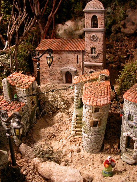 297 best images about creche provencale on pinterest fontanini nativity natale and roof tiles - Decor creche de noel provencal ...