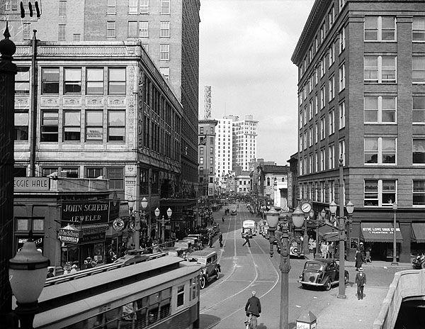 1935 view of Peachtree Street: Vintage Atlanta, Atlanta History, Georgia Study, Atlanta Georgia, Peachtree Street, Downtown Atlanta, Vintage 30S, 1935 View, Photography
