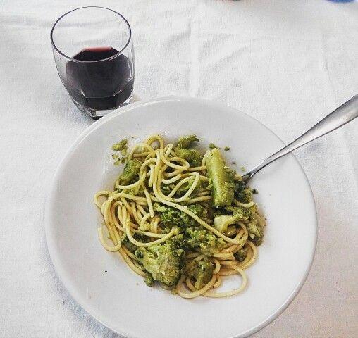 Pasta e broccoli. Calabria.