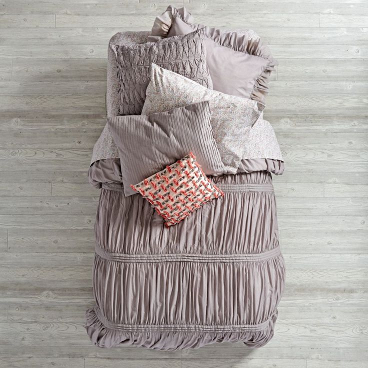 Shop Modern Chic Bedding (Grey).  Add an instant touch of elegance to any kids' bedroom with our Modern Chic Bedding.  This stunning bedding set features a quilt that's gathered and quilted for a truly delicate look.