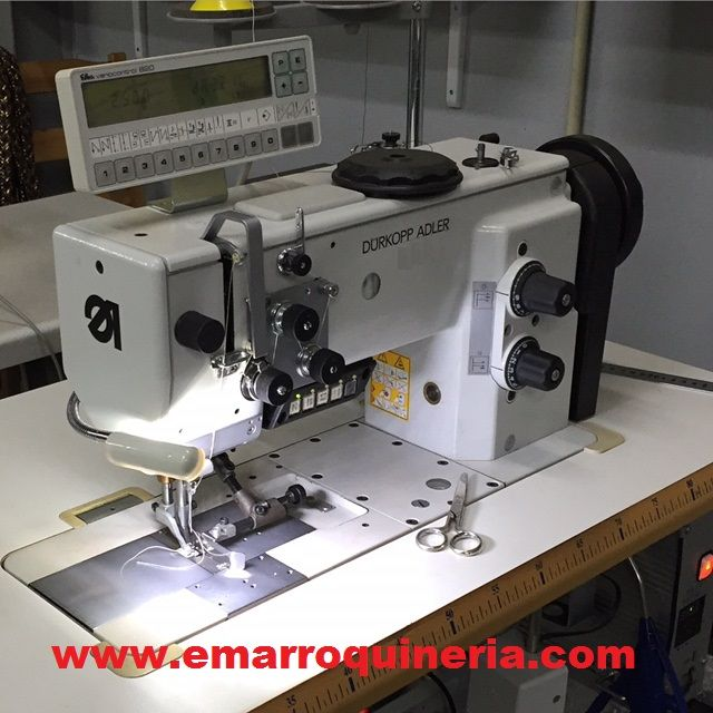MAQUINA FABRICACION CINTURONES BOLSOS Y MARROQUINERIA  Maquina Adler de coser plana.,triple arrastre, 1 aguja, canilla grande, motor posicionador con control electronico, cortahilos y alzapatas. segunda mano en venta BELTS & BAGS PRODUCTION MACHINE  Adler flat sewing machine, triple transport, 1 needle, large hook, electronic control. Second hand machine for sale #maquinas #cinturones #bolsos #zapatos #guarnicioneria #marroquineria #artesania #cuero #belts #bags #shoes #leather #leathergoods