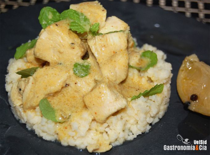 Pollo al curry verde con coco