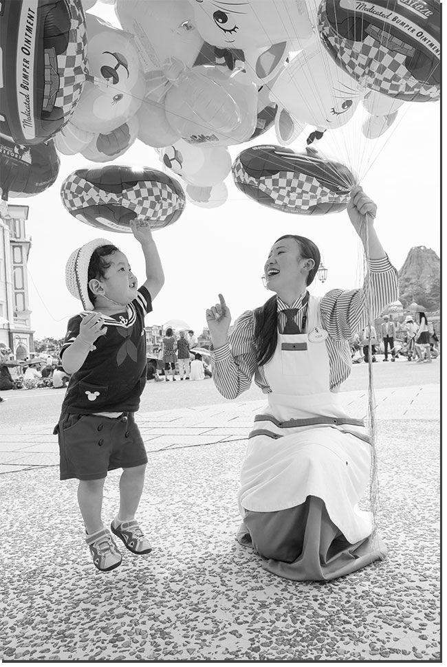 「イマジニング・ザ・マジック」 ハービー・山口さんがキャストのキラキラを切り撮りました! | 東京ディズニーリゾート・ブログ