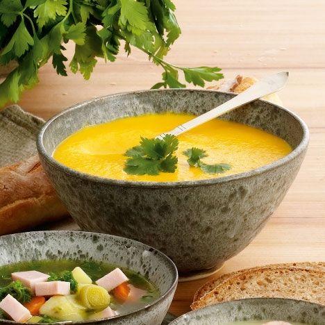 Krydret gulerodssuppe med kokosmælk
