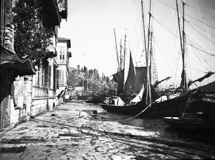 Istanbul, Kuruçeşme Sahili (circa 1900)