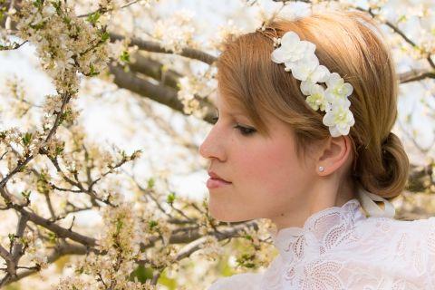 Indás  törtfehér virágkoszorú, Baba-mama-gyerek, Ruha, divat, cipő, Esküvő, Meska