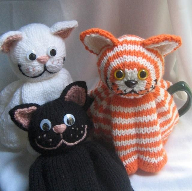 Free Patterns For Loom Knitting : Cat tea cosy pattern on Craftsy.com Fiberous Felines Pinterest Crochete...