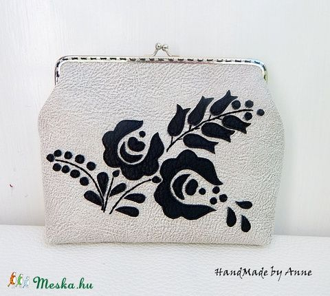 Meska - Kalocsa virágai - textilbőr táska, kézitáska, csatos tárca annetextil kézművestől