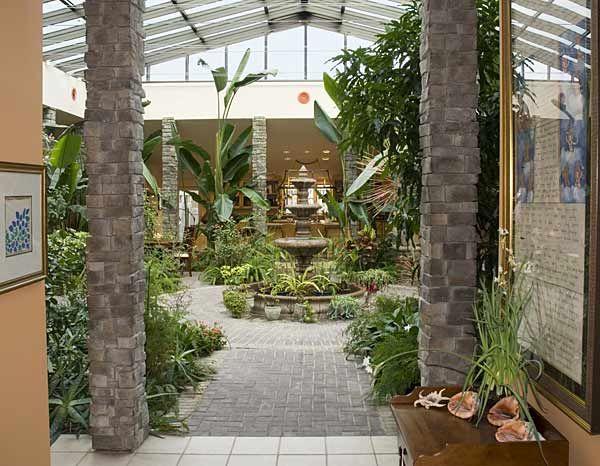 25 best ideas about atrium garden on pinterest interior for Atrium inside house