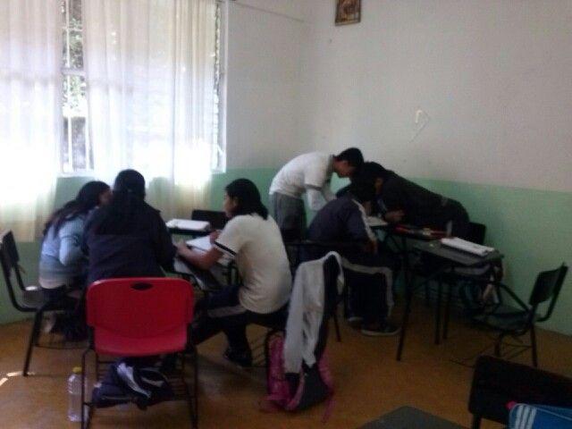 Matemáticas sesión 3- competencia sobre la resolución de problemas y ejercicios de teorema de Pitágoras. 12/03/14.
