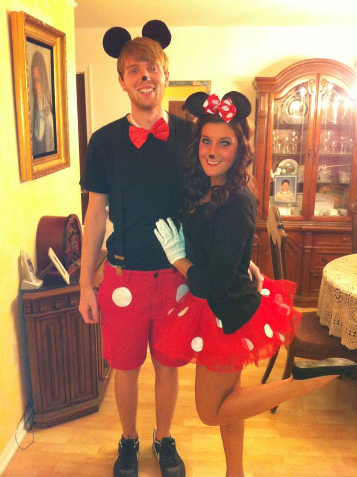 Cute couples DIY Minnie and Mickey costume ❤️❤️