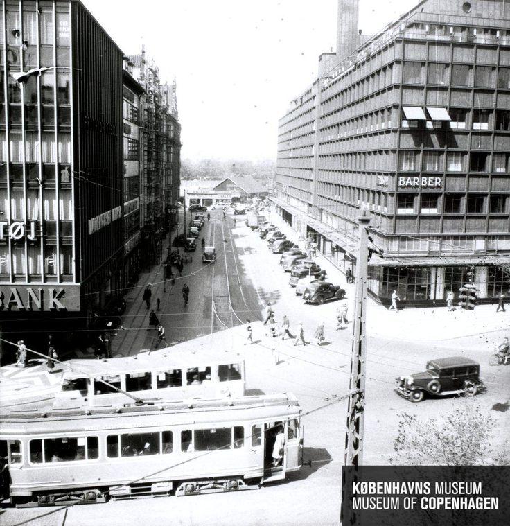 Trommesalen ved vesterbrogade-vesterbros passage Beskrivelse ca 1945