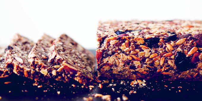 I Quit Sugar - Ditch the Wonder White! Here's  6 gluten free bread recipes your tummy will love