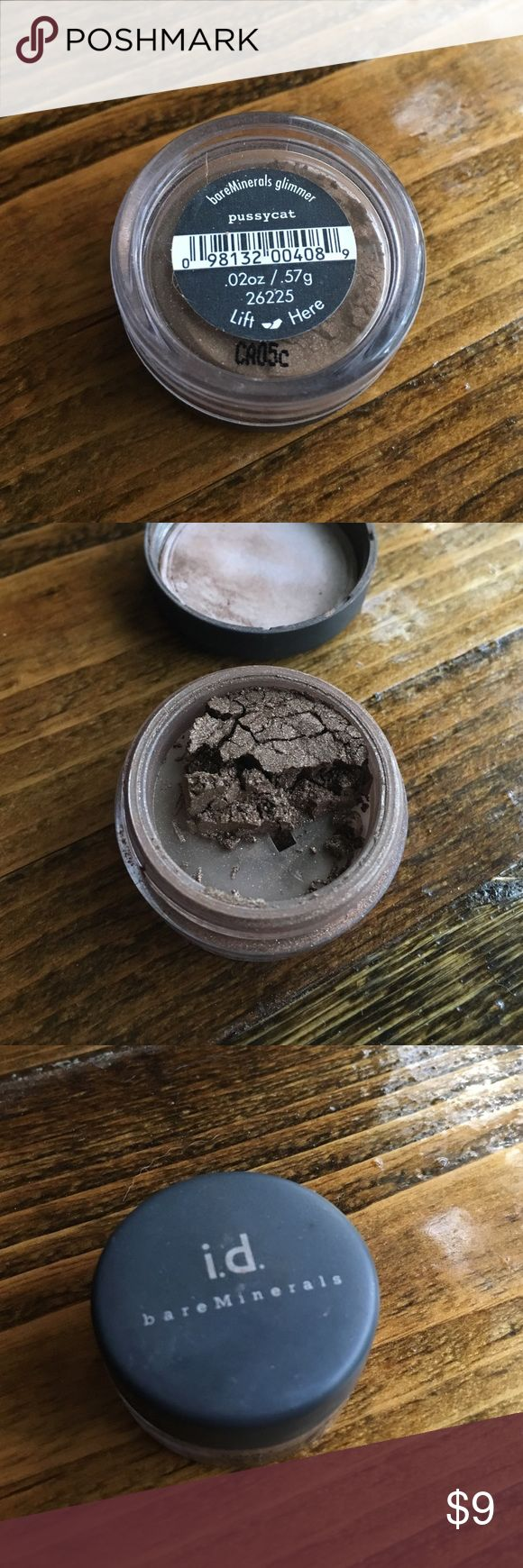 Bare Minerals Shimmer Eyeshadow For sale is a barely used brownish shimmery Eyeshadow from Bare Minerals. bareMinerals Makeup Eyeshadow
