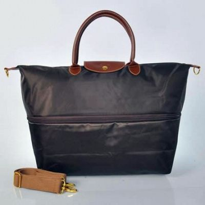 Sac Longchamp De Voyage Chocolat on the lookout for limited offer,no taxes and free shipping.#handbags #design #totebag #fashionbag #shoppingbag #womenbag #womensfashion #luxurydesign #luxurybag #luxurylifestyle #handbagsale #longchamp #totebag #shoppingbag