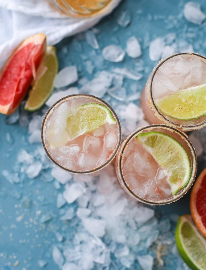 pink grapefruit margaritas with chili salt I http://howsweeteats.com