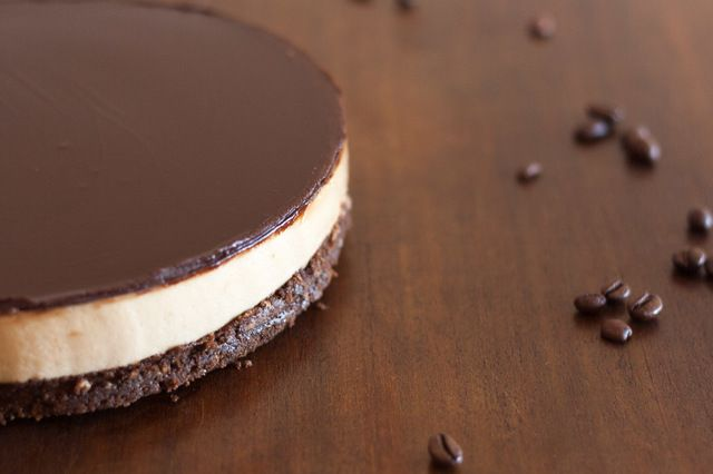 Cheesecake semifrio de café e chocolate