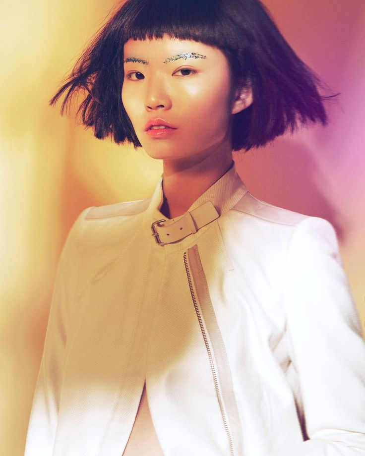 http://www.youtube.com/channel/UCqEqHuax3qm6eGA6K06_MmQ?sub_confirmation=1 Editorial for D'SCENE magazine #photographer Alicia Shi #hairstyle Team Aluie led by Andrea&Calle #makeup Rena Yang  #stylist Athena Wang #model LI BING李冰  #fashion #fashionmagazine #fashioneditorial #art #beauty #magazine #photography #fashionphotography by alicia_shi
