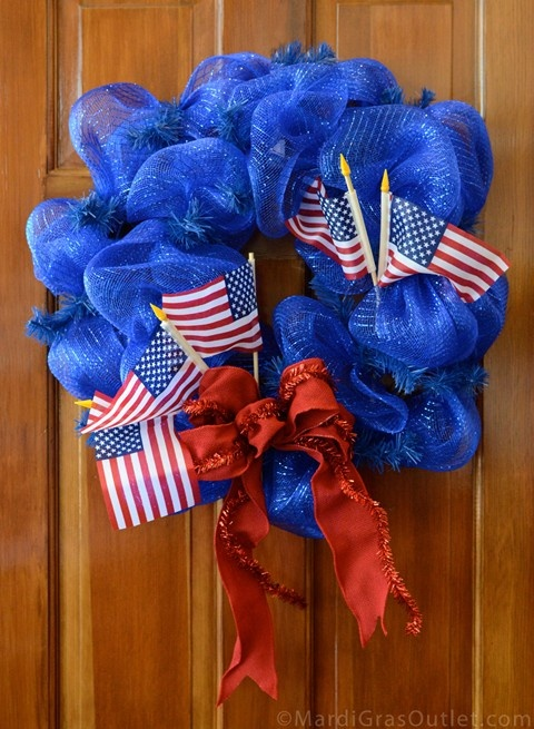 Patriotic Mesh Wreath Tutorial: Wreaths Tutorials, American Flags, Red White Blue, Patriots Wreaths, July 4Th, Parties Ideas, Mesh Wreaths, Gras Outlets, Deco Mesh