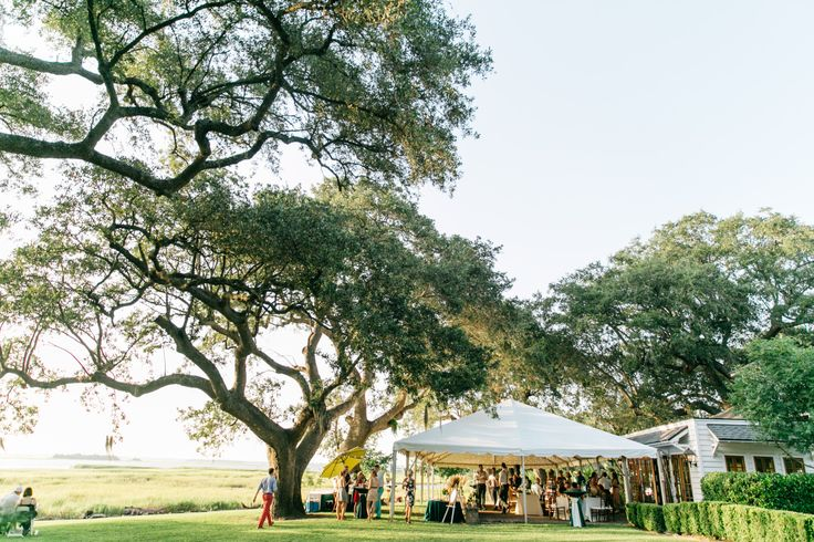 Rehearsal dinner ideas at The River House in Charleston, South Carolina | Photo by Riverland Studios
