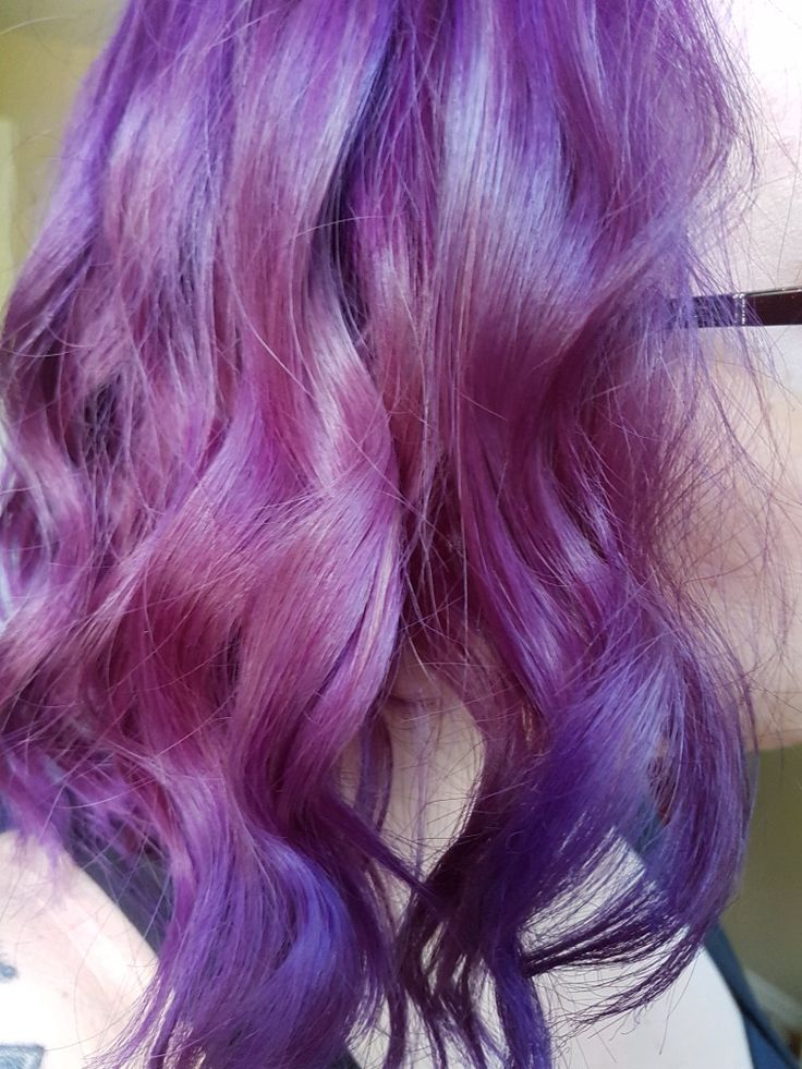 Manic Panic Purple Haze on roots and shaft. Ultra violet on ends and random strands.