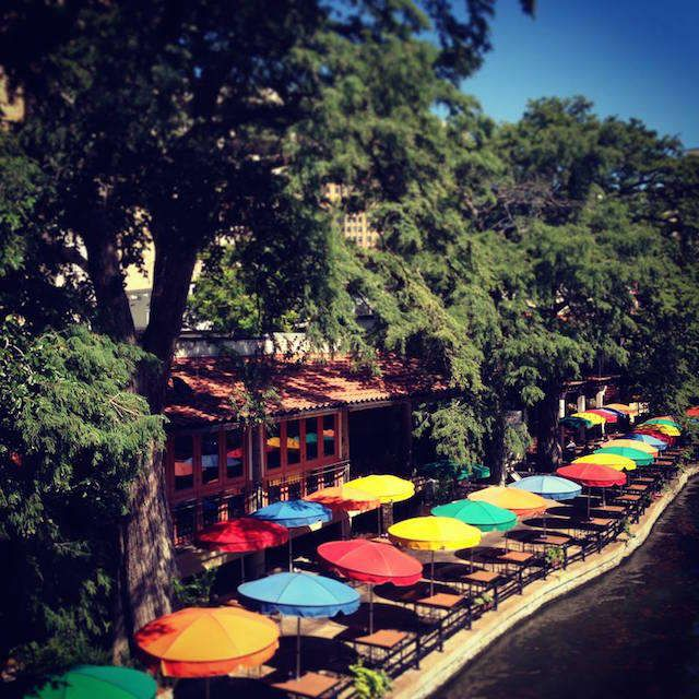 guide to san antonio riverwalk river walk texas