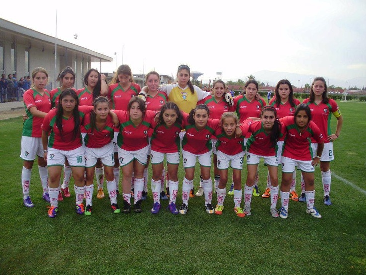 Equipo femenino del club Unión Temuco