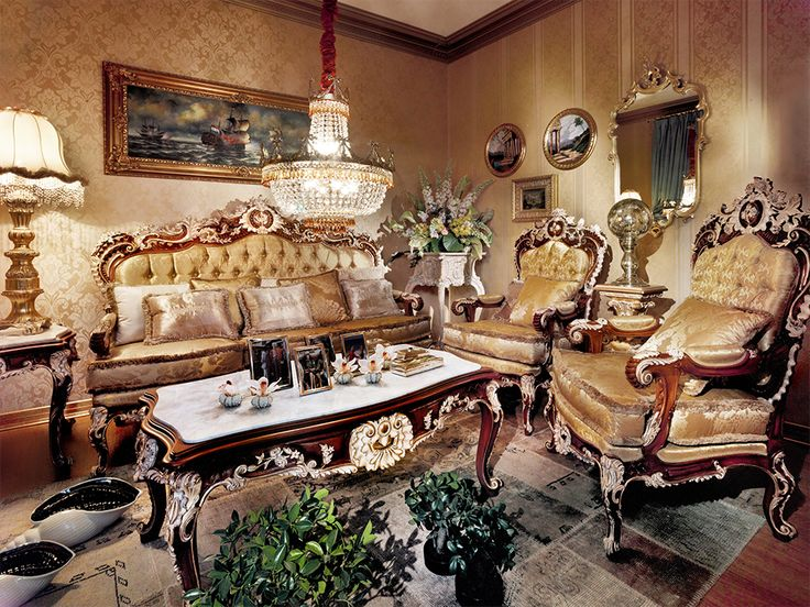ASNAGHI'S PROPOSALS  SITTING ROOMS Mughetto The iconic style and well-proportioned shapes joined to our hand-made manufacturing process known all over the world bring forth to our sitting rooms.