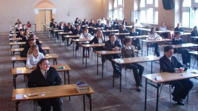 The silent tragedy of NAPLAN, students reported in misleading bandsStandardized-Testing-640x360