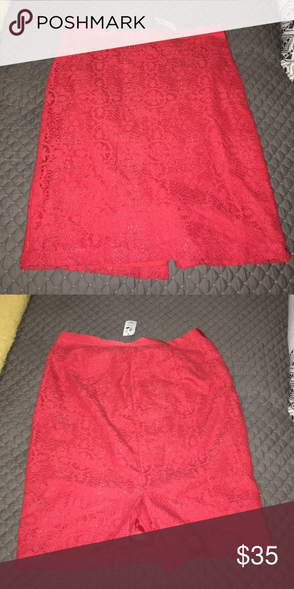 (SMOKE FREE) Coral pencil skirt Coral pencil skirt from the limited, never worn with tags The Limited Skirts Pencil