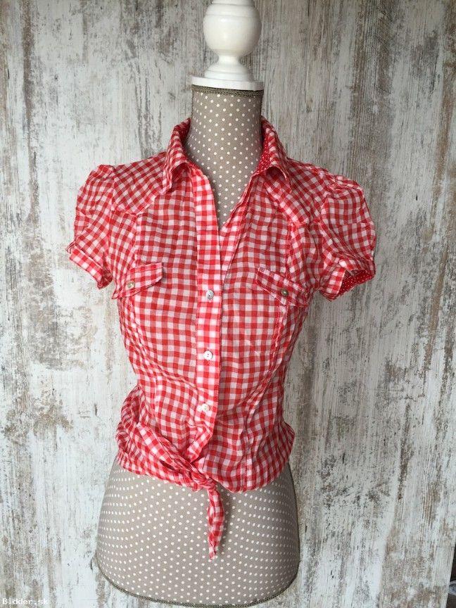 Červená kockovaná košeľa