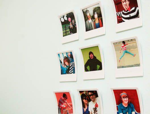 a wall filled with these: Polaroid Photos, Polaroid Pictures, Polaroid Frames, Information Photos, Instant Photos, Wall Pictures Frames, Frames Polaroid, Photos Frames, Photos Pictures